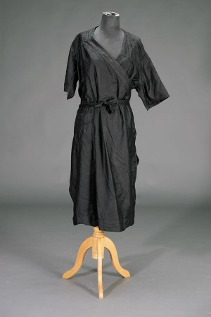 1930's black coated linen duster