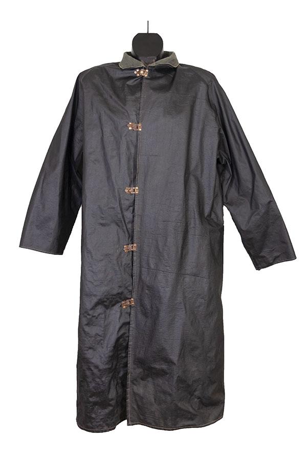 1940's black rubber rain coat, lemagasin, le magasin, vintage workwear