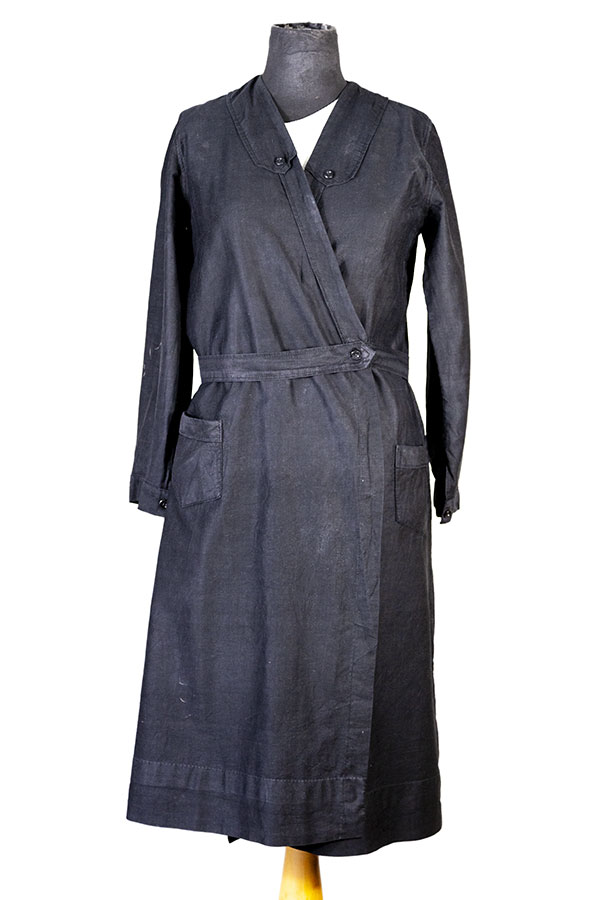 1930's french black linen woman atelier coat, lemagasin, le magasin