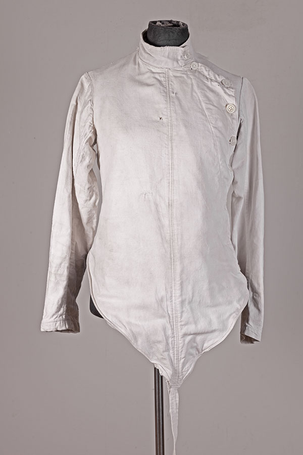 1930's french linen fencing jacket, le magasin, lemagasin, vintage clothing