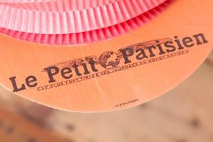 Casquettes pliantes en papier Le Petit Parisien années 30