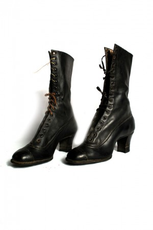 early 1900 women victorian black boots