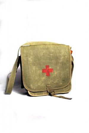30's Red Cross shoulder bag