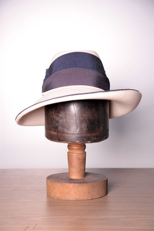 1960's Jackie O style women hat