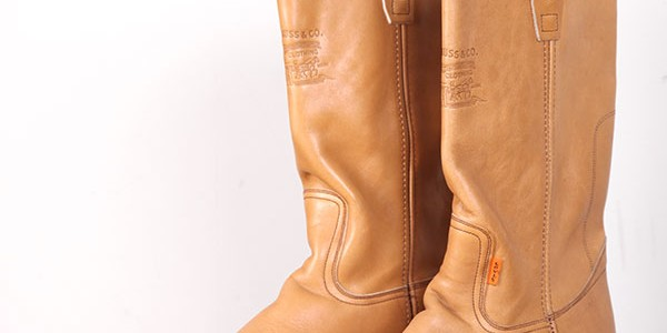 1970's Levi's orange tab leather boots