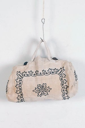 1920's embroidered linen handbag