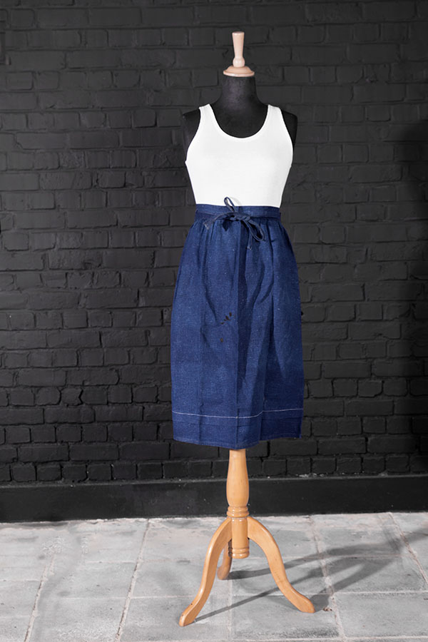 1930's french indigo linen work apron (2)