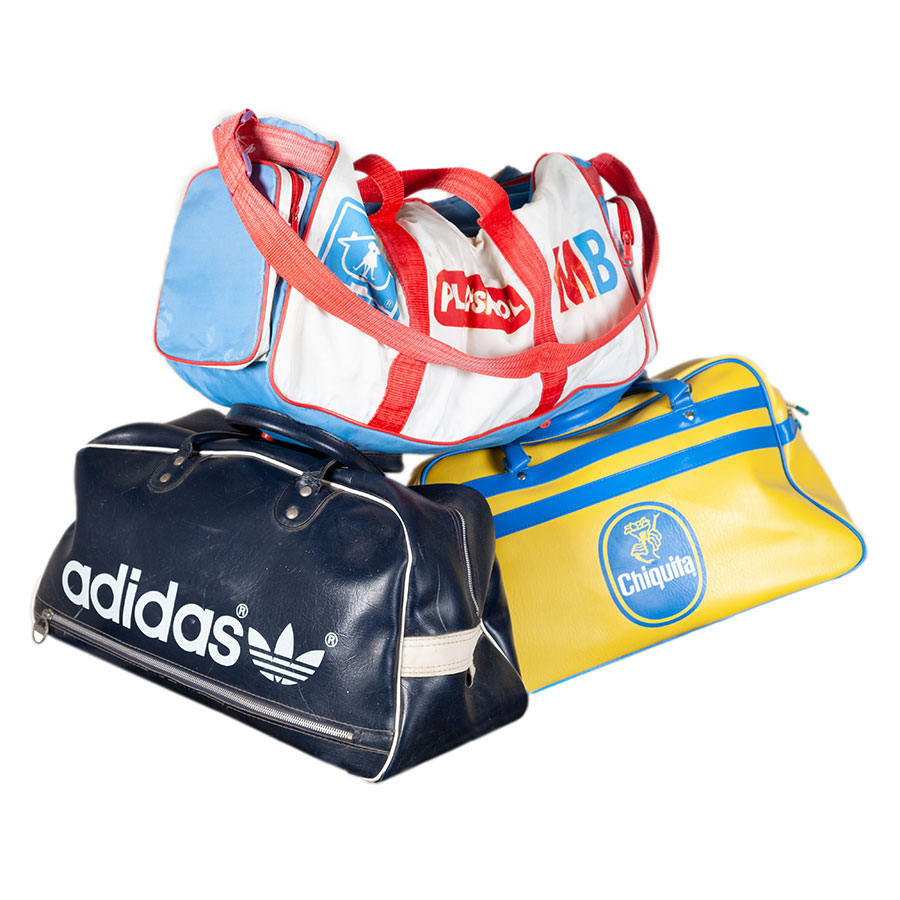 1970's sport bags https://www.lemagasin.eu/1970s-sport-bags/ #vintagebags #vintagesportbags #vintageadidas #MB #playschool #hasbro #vintagetoys #vintage #frenchantique #LeMagasin #France #french #workwear #frenchworkwear #antiqueclothing #antique #vetementsdetravail #vetementsanciens #oldclothing #antiquetextile #vintagestore