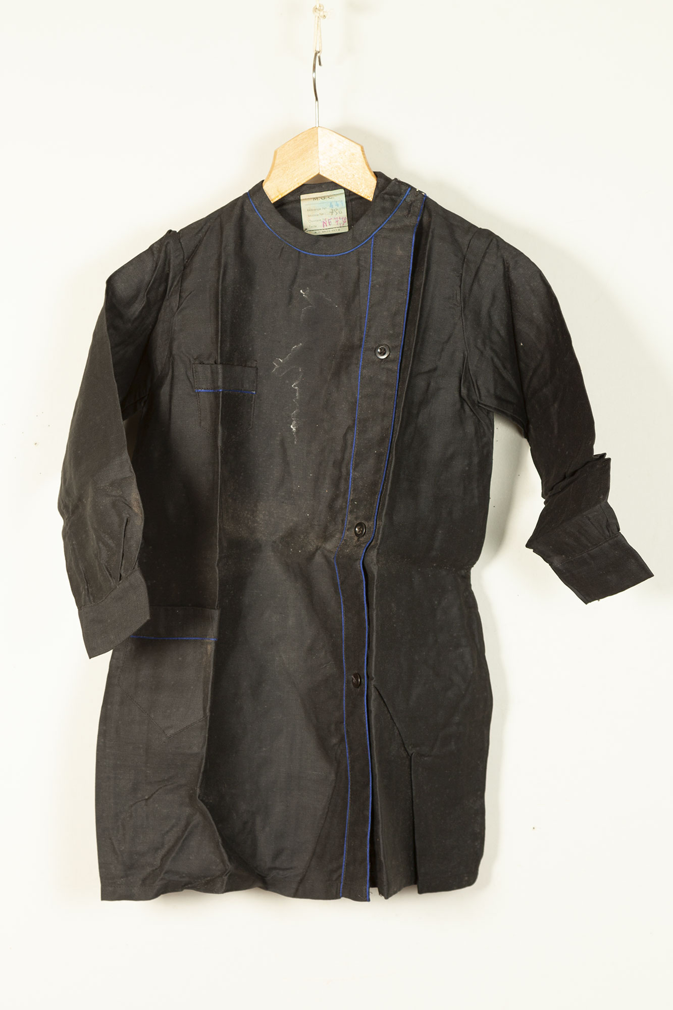 1930's deadstock french black linen blouse for
