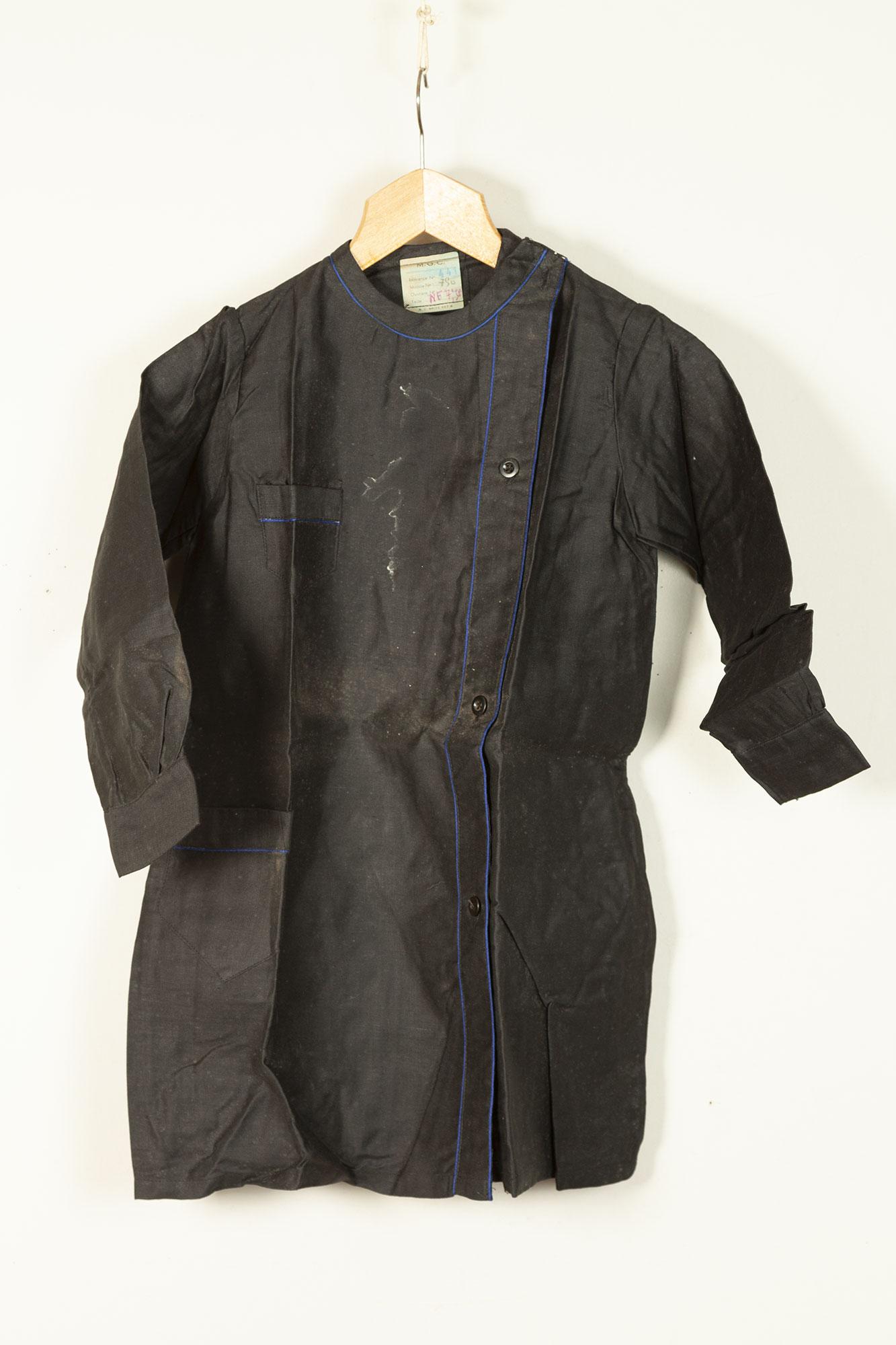 1930's deadstock french black linen blouse for